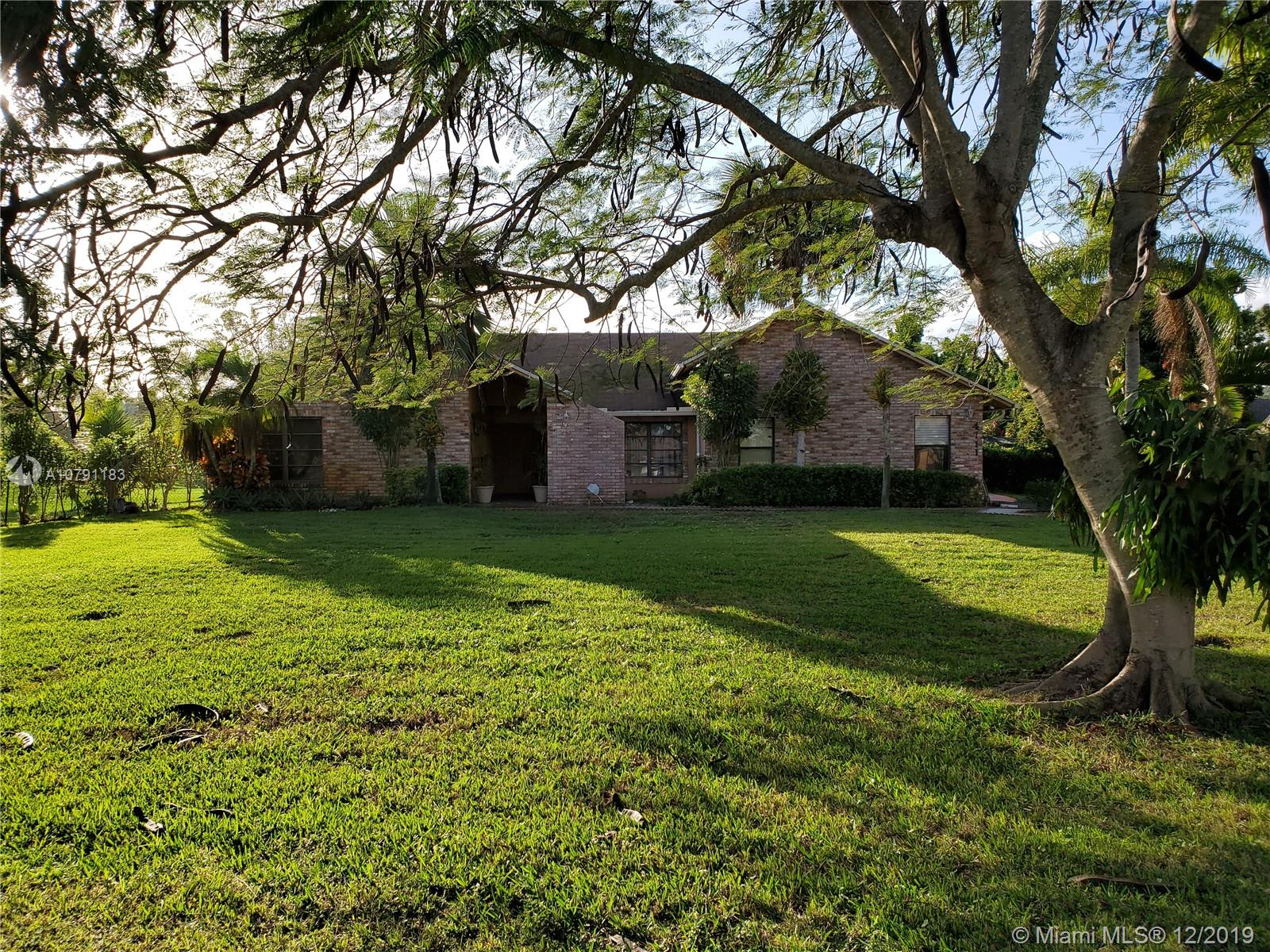 4711 SW 133rd Ave  For Sale A10791183, FL