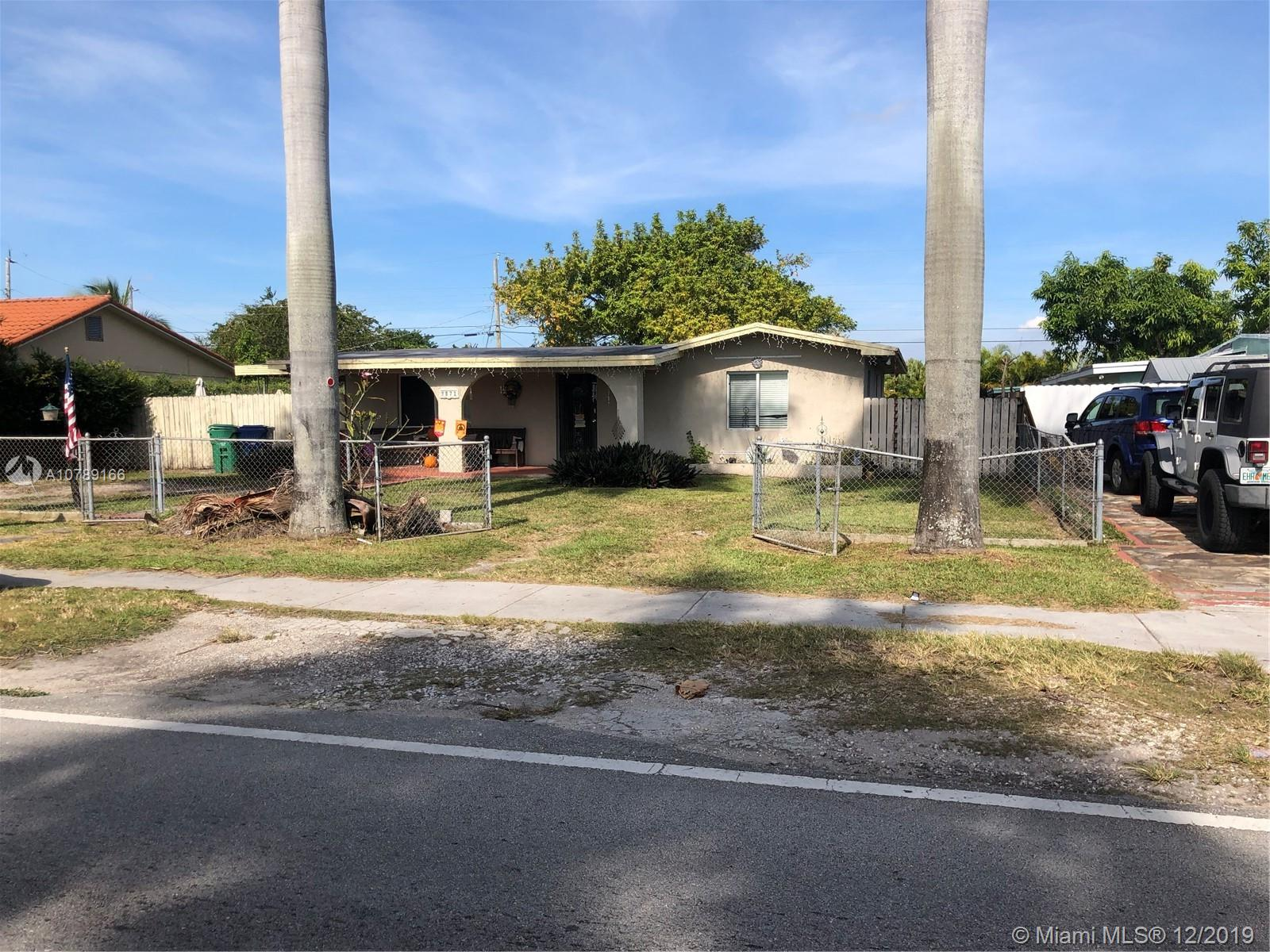 9871 SW 48th St  For Sale A10789166, FL