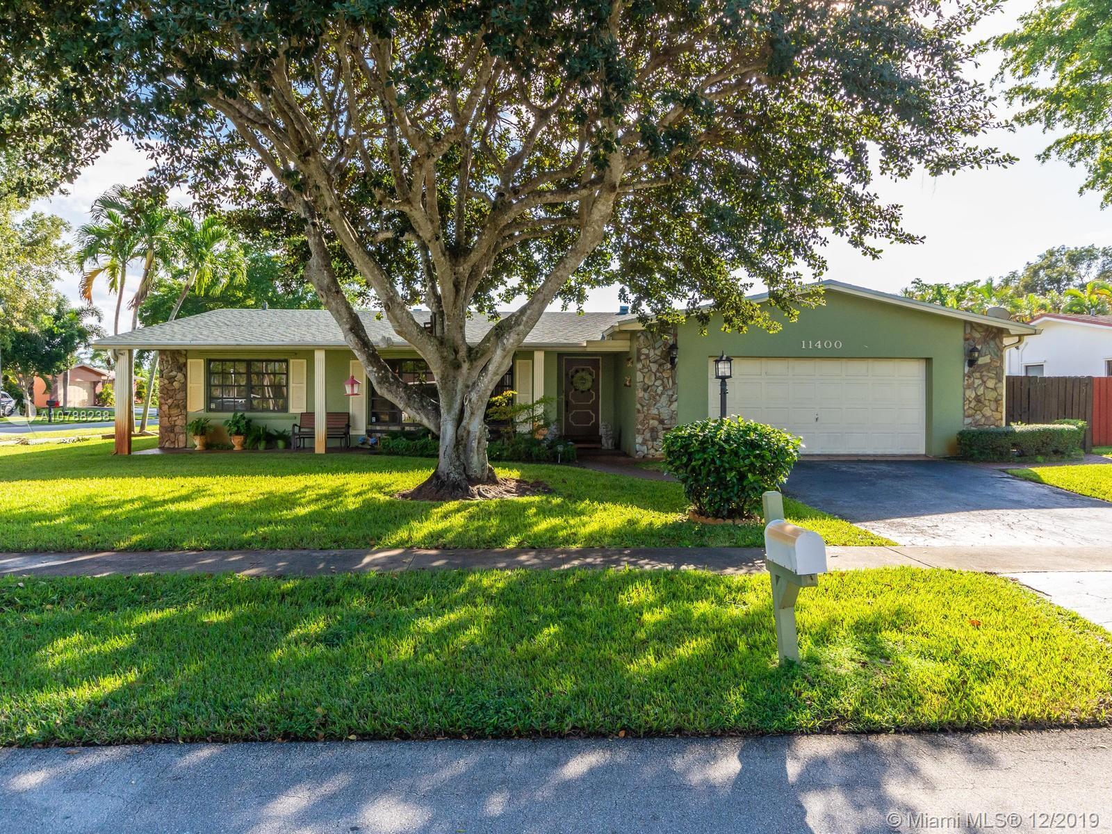 11400 NW 18th St, Pembroke Pines, FL 33026