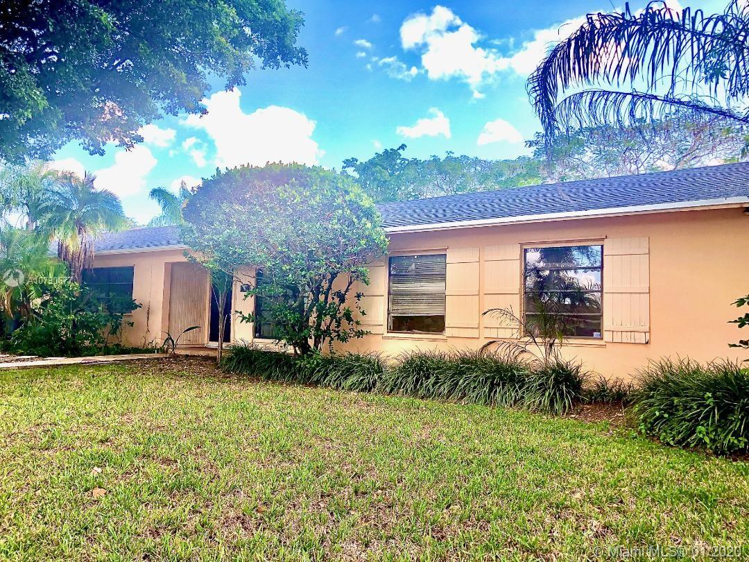 11220 SW 128th St  For Sale A10790677, FL