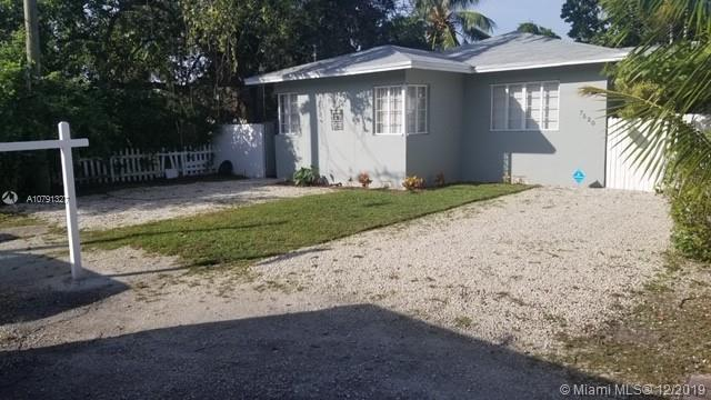 7520 NE 3rd Ave  For Sale A10791327, FL