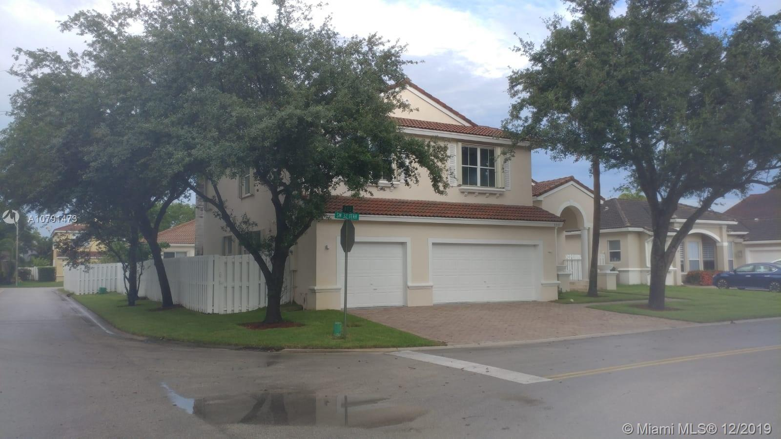 5310 SW 32nd Ter  For Sale A10791473, FL