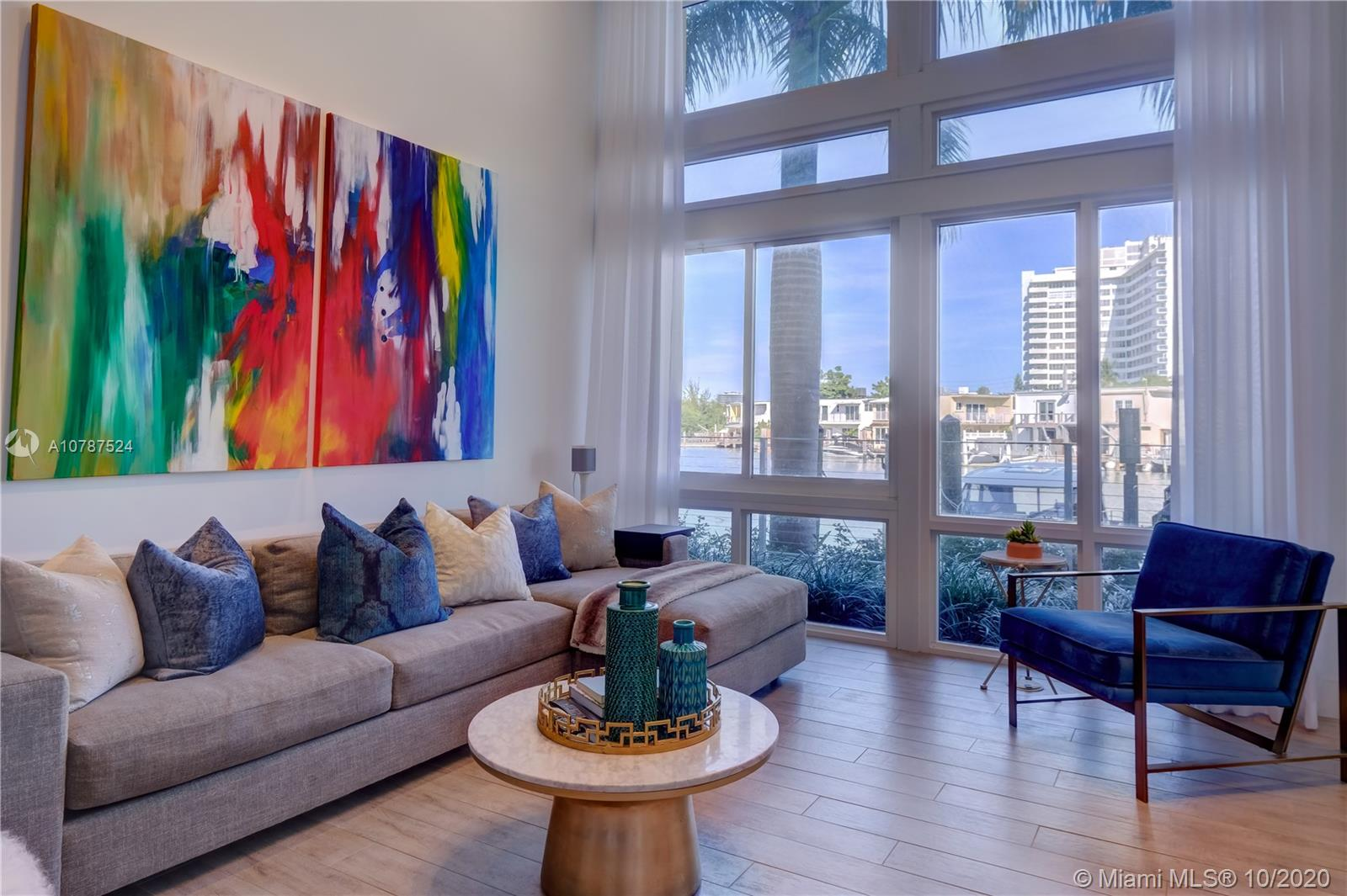 77 N Shore Dr #77 For Sale A10787524, FL