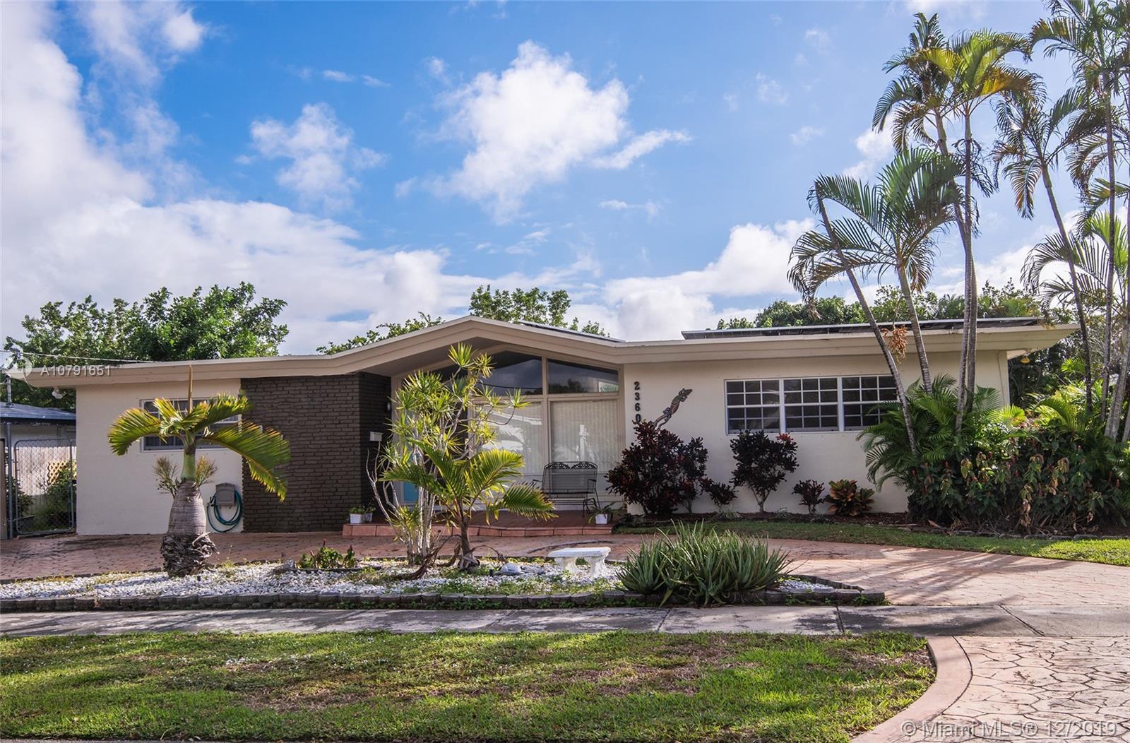 2360 NE 195th St  For Sale A10791651, FL