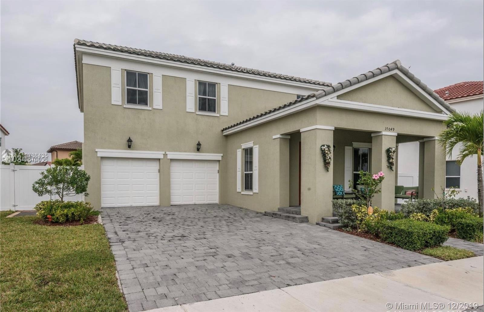 17049 SW 94th Way  For Sale A10786435, FL