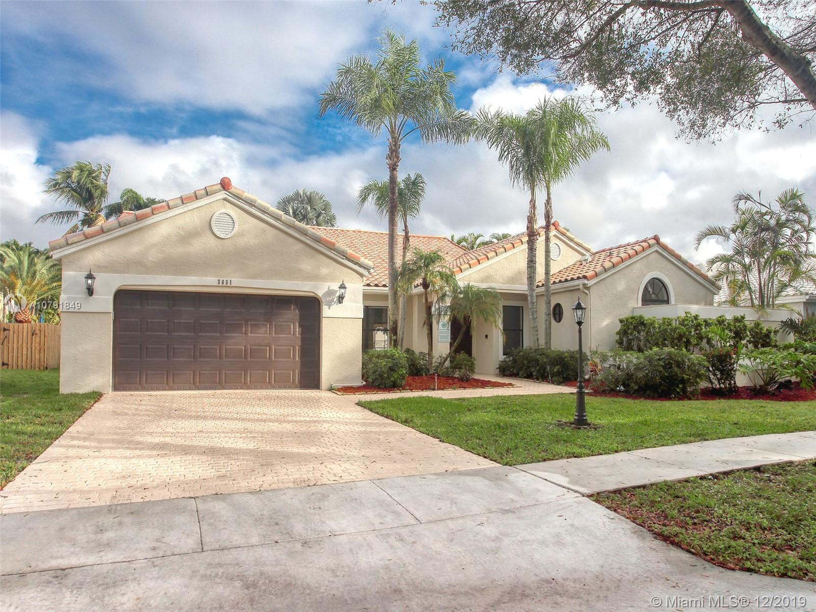 """SPECTACULAR """"ONE OF A KIND"""" AT """"THE ESTATES """" AT DESIRABLE EMBASSY LAKES 24 HRS GATED COMMUNITY **BEAUTIFULLY REMODELED** 4 BEDROOMS 21/2 BATH AND 2 CAR GARAGE*  W/ SPACIOUS LIVING AREAS. VOL. CEILINGS** BRAND NEW ROOF IN 2019** PLENTY OF ROOM FOR A POOL**TOO MANY UPGRADES TO MENTIONS A MUST SEE**"""