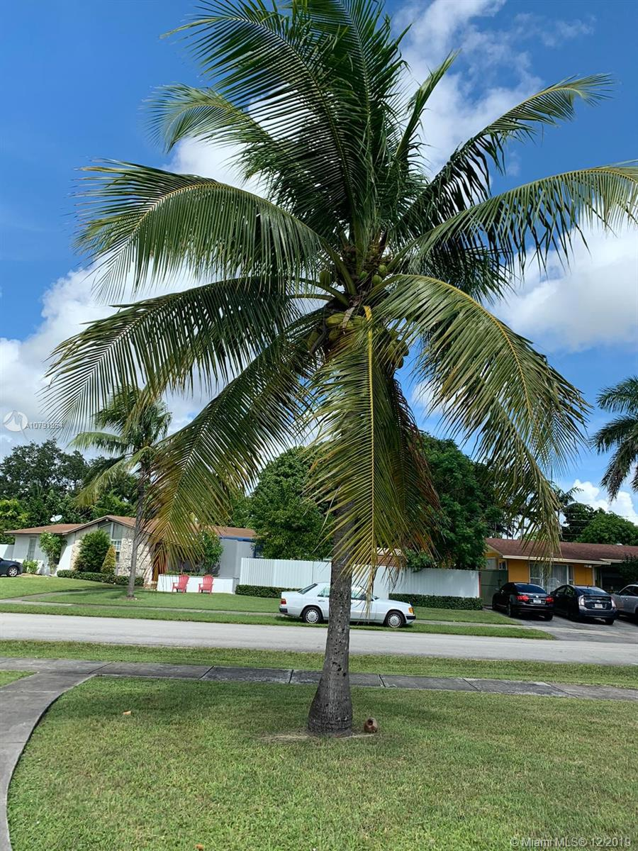9750 SW 161st St  For Sale A10791954, FL