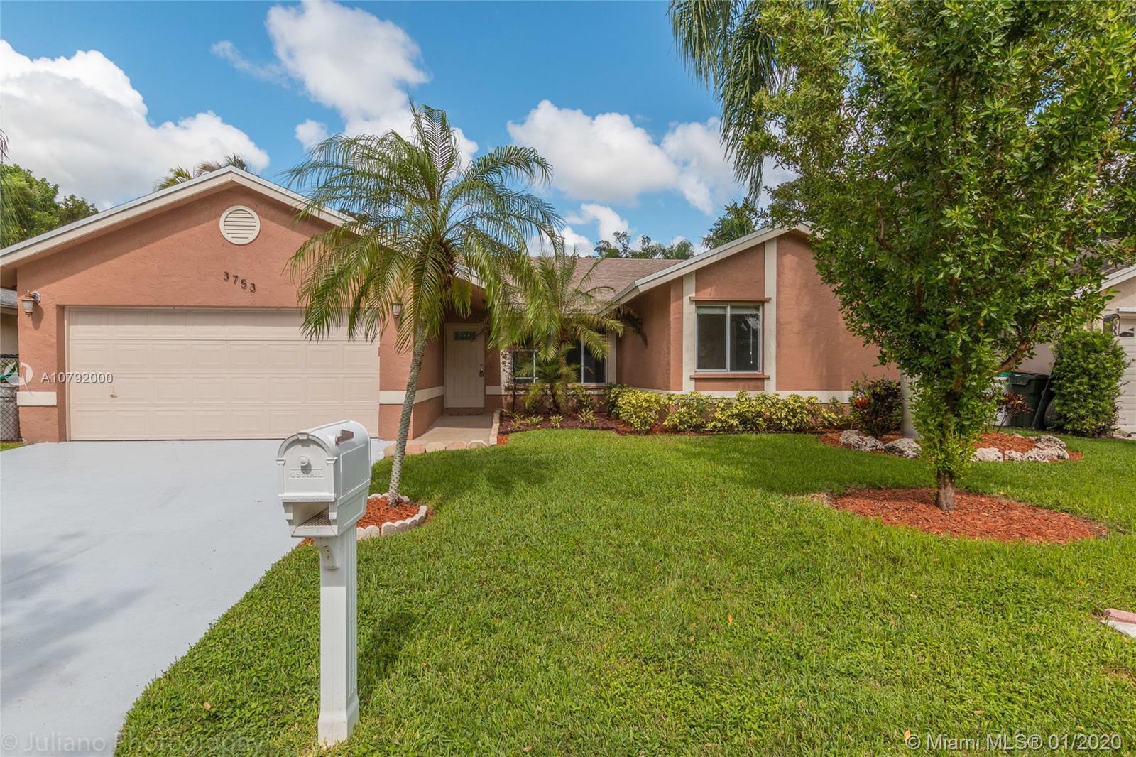 3753 NW 59th St, Coconut Creek, FL 33073