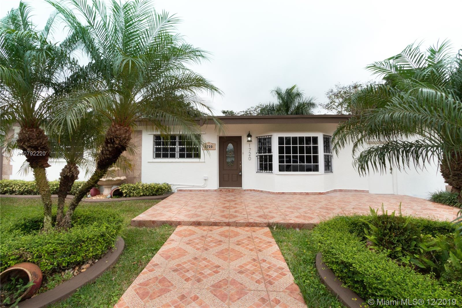 1720 NW 9th Ct  For Sale A10792220, FL