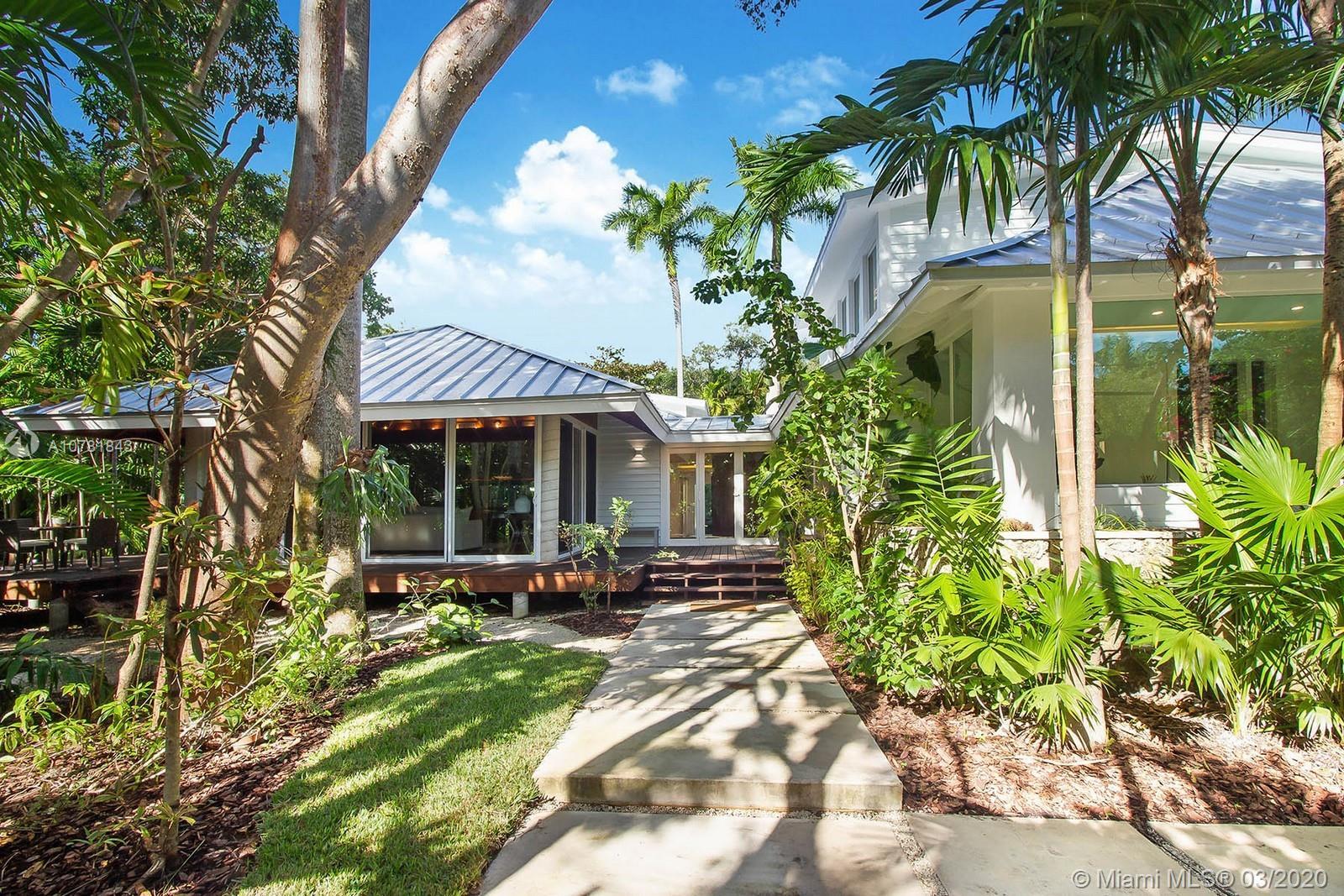 2177  Tigertail Avenue  For Sale A10781843, FL
