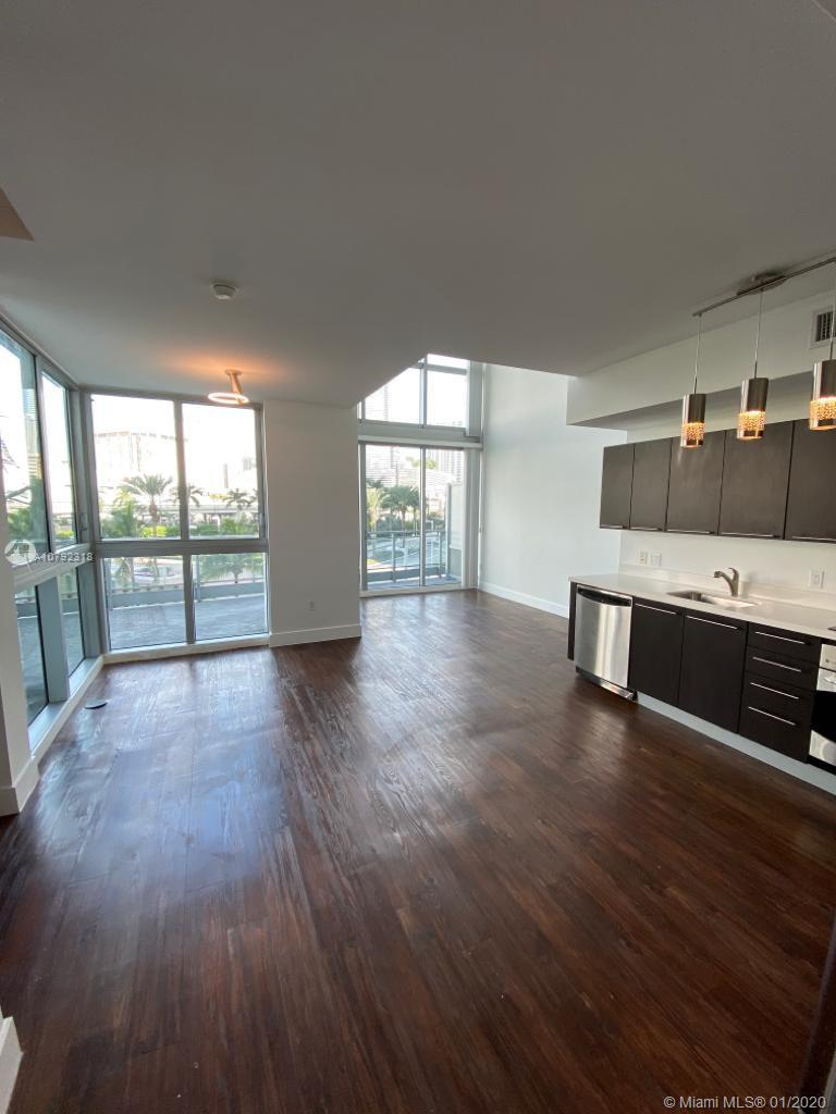 90 SW 3rd St #TH300A For Sale A10792318, FL
