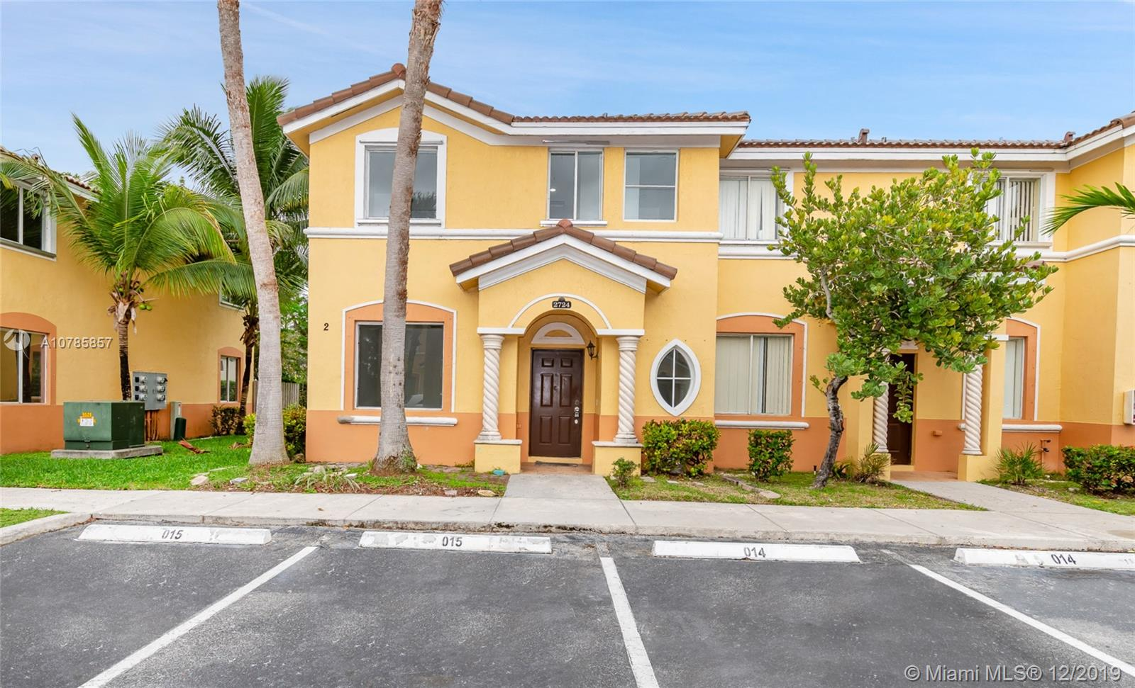 2724 SE 15th Rd #2724 For Sale A10785857, FL