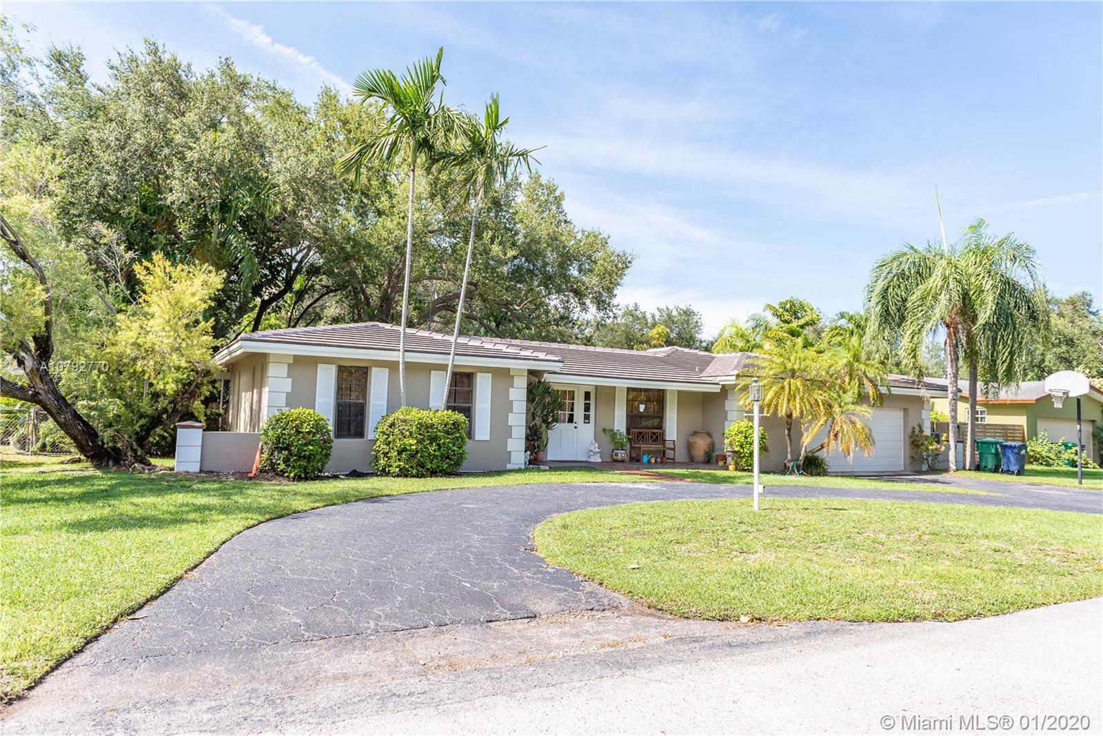 7605 SW 167th St  For Sale A10792770, FL
