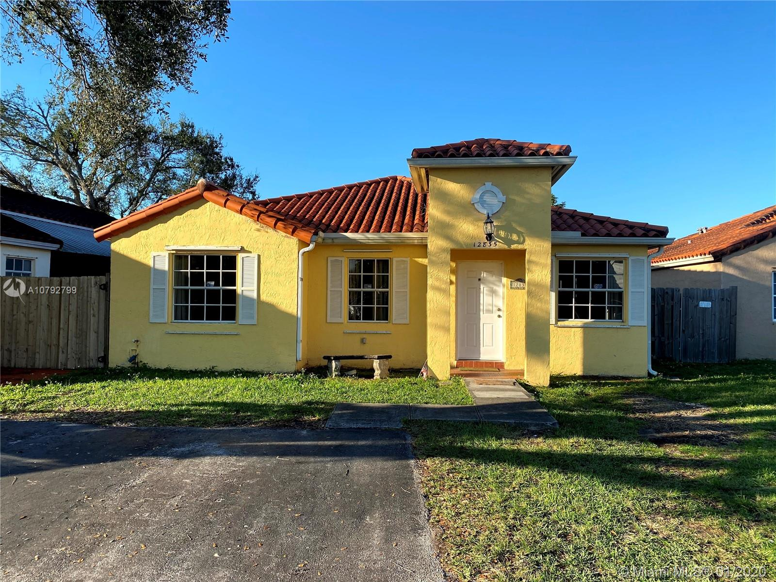 12835 SW 150th Ter  For Sale A10792799, FL