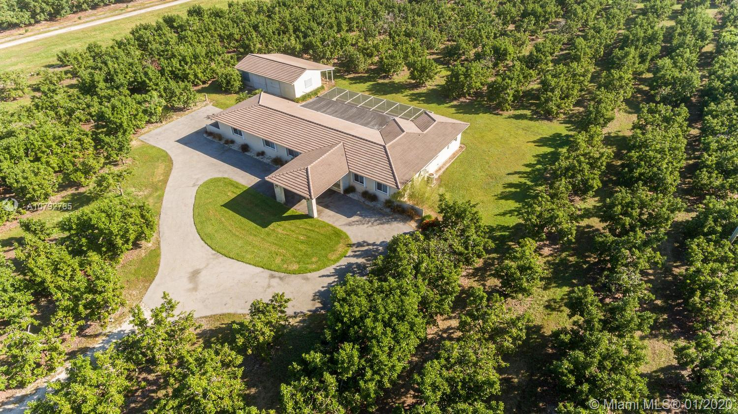 26001 SW 207th Ave  For Sale A10792765, FL