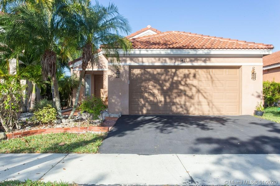 1421  Majesty Ter  For Sale A10792754, FL