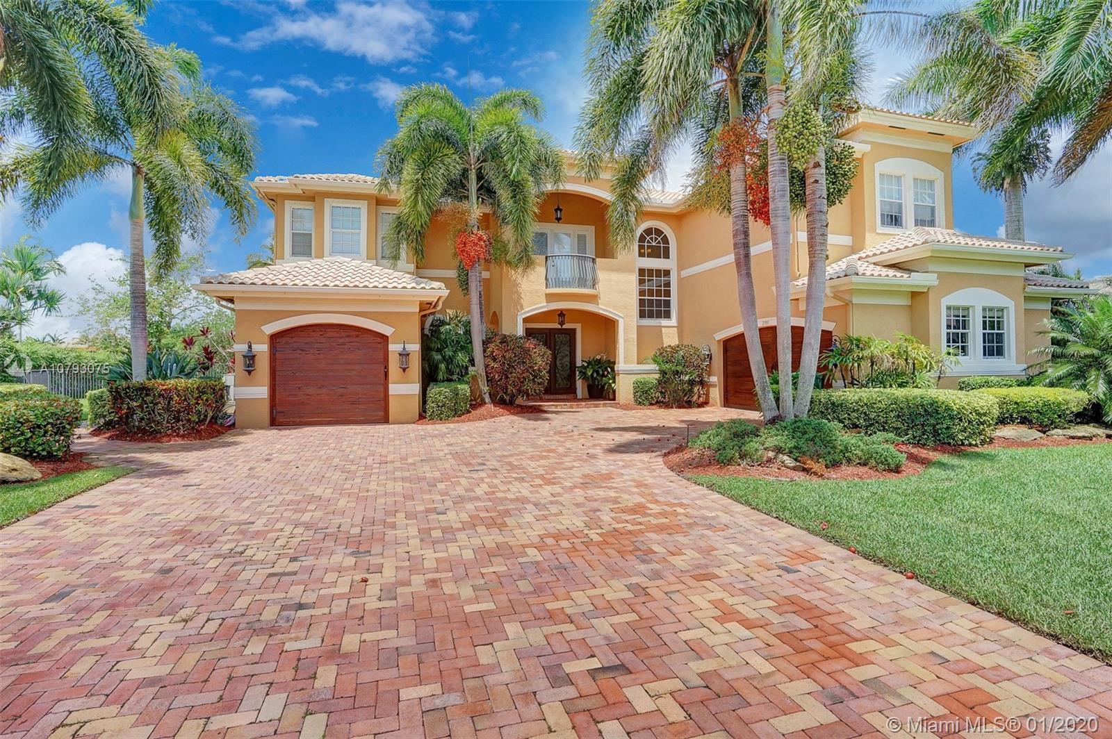 2703 Birch Terrace, Davie, FL 33330