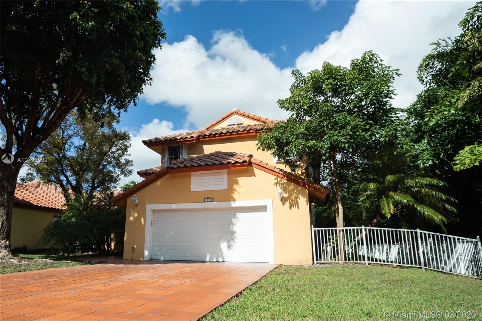 10305 NW 43rd Ter  For Sale A10793092, FL