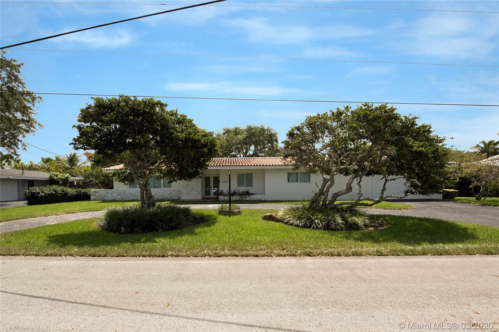 12820 SW 70th Ave  For Sale A10793166, FL