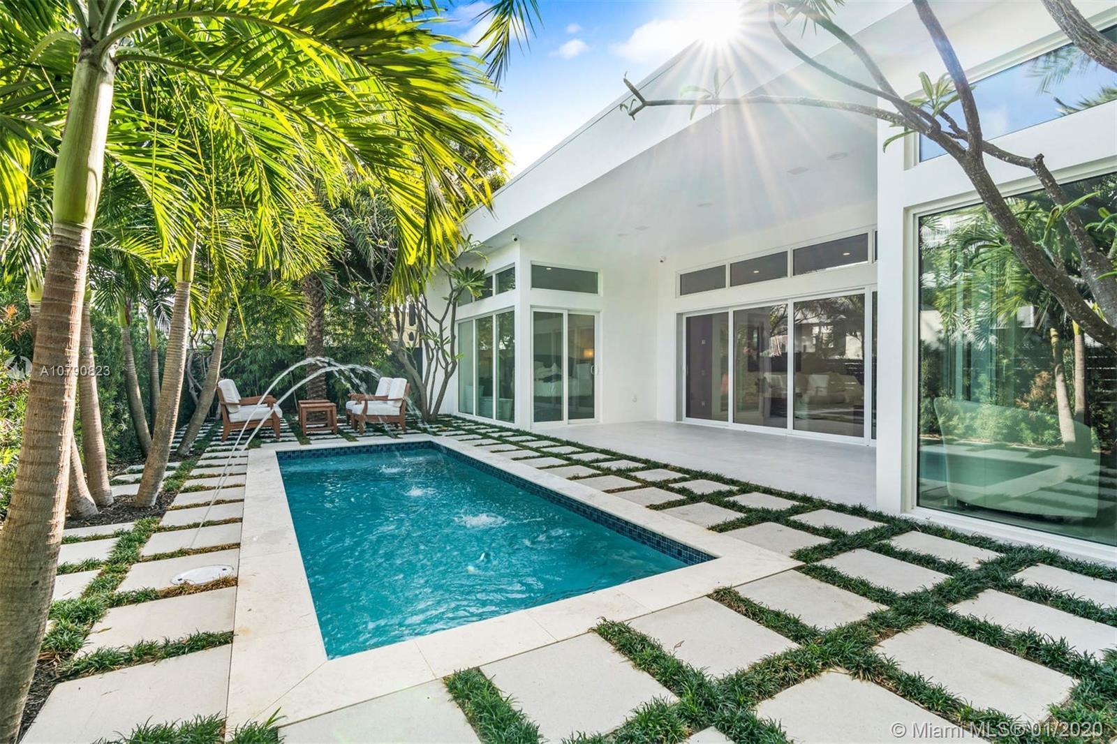 865 W 47 Street  For Sale A10790823, FL