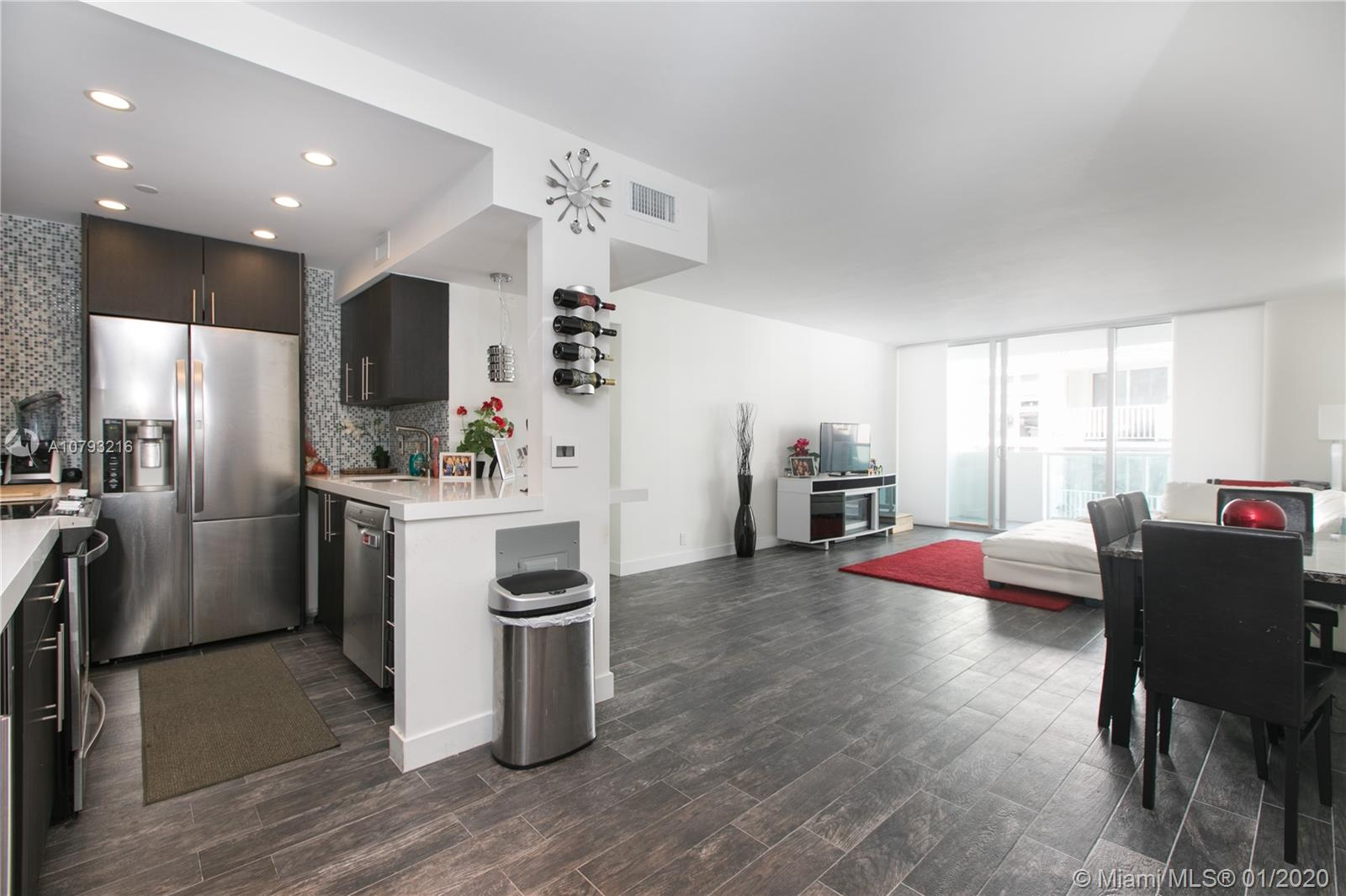 1200  West Ave #1221/2 For Sale A10793216, FL