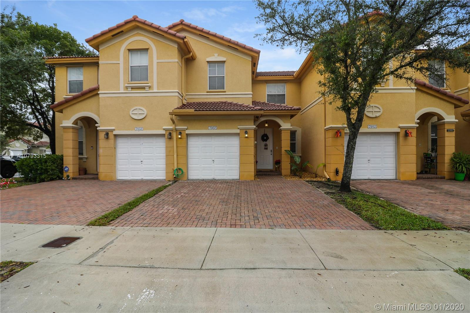 7902 NW 107th Ct  For Sale A10793315, FL