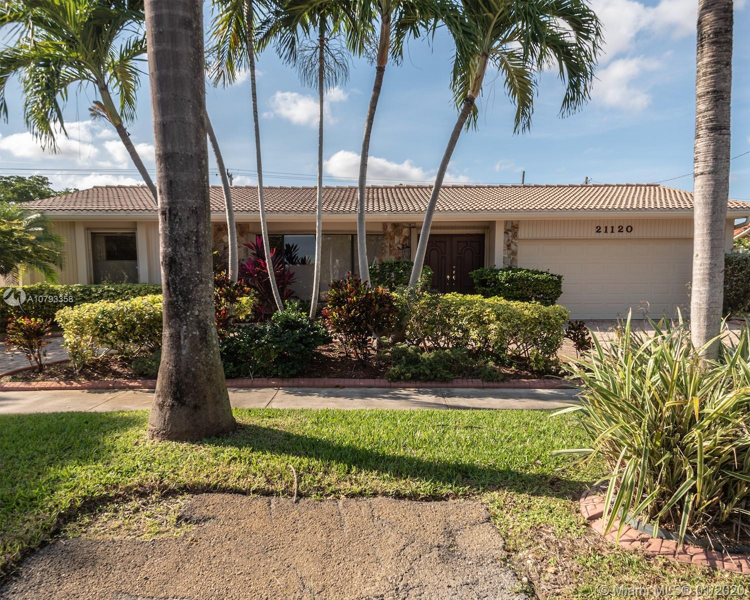 21120  Highland Lakes Blvd  For Sale A10793358, FL