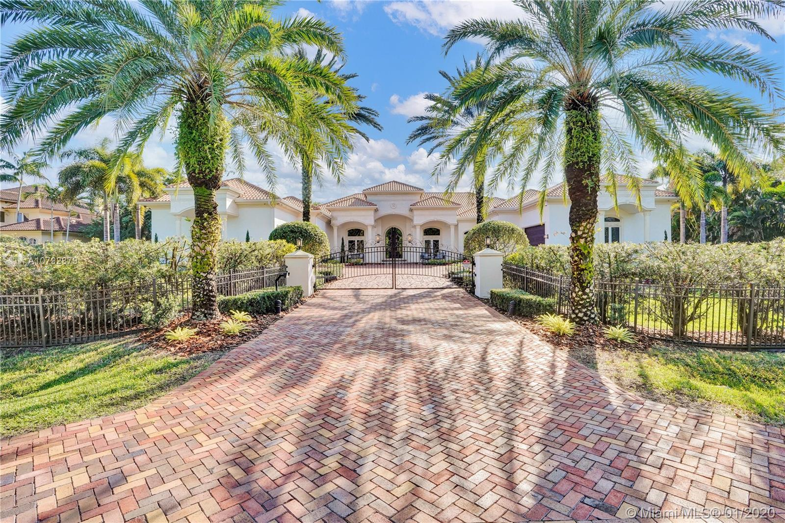 11420 NW 4th St  For Sale A10792879, FL