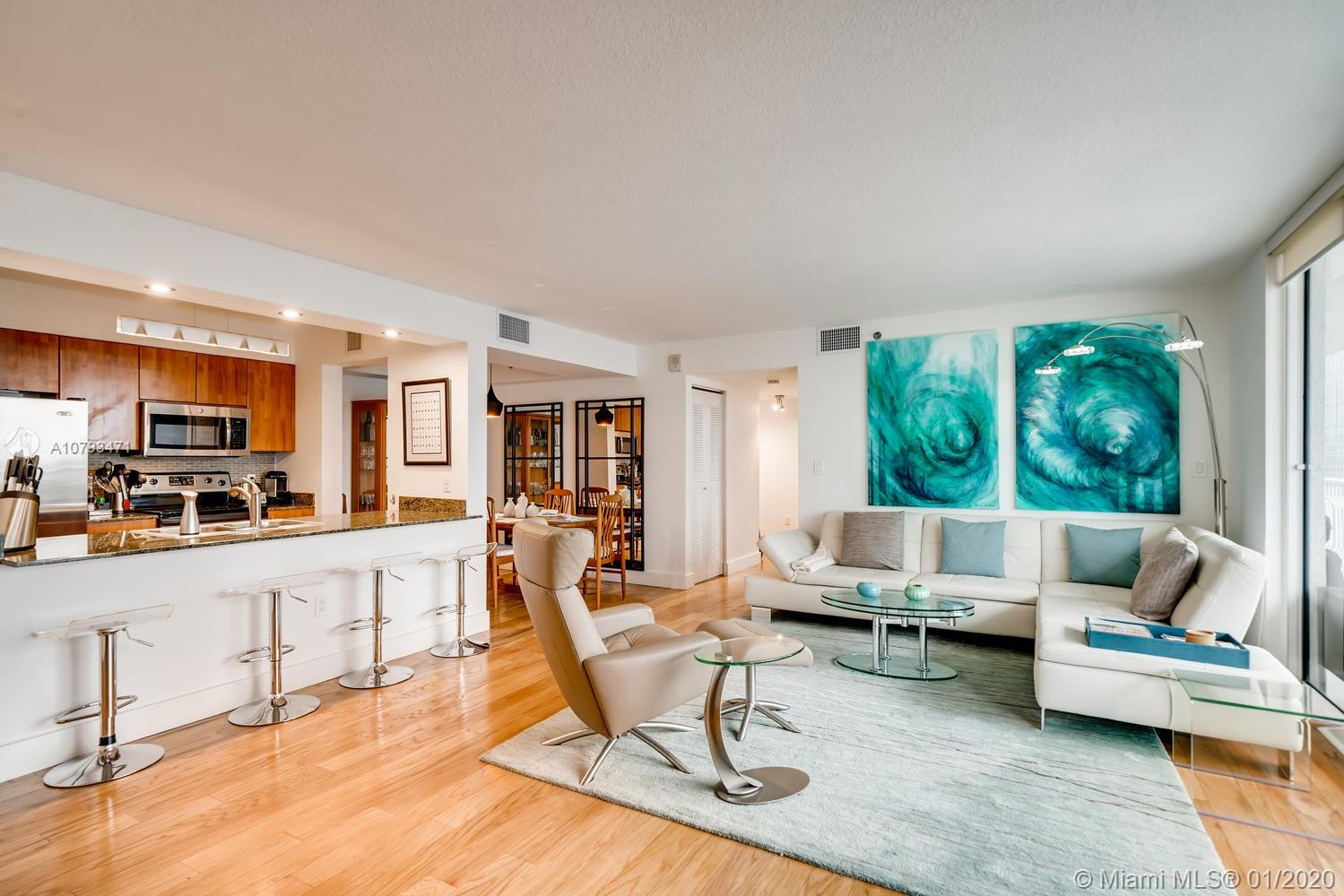 1200  Brickell Bay Dr #2523 For Sale A10793471, FL