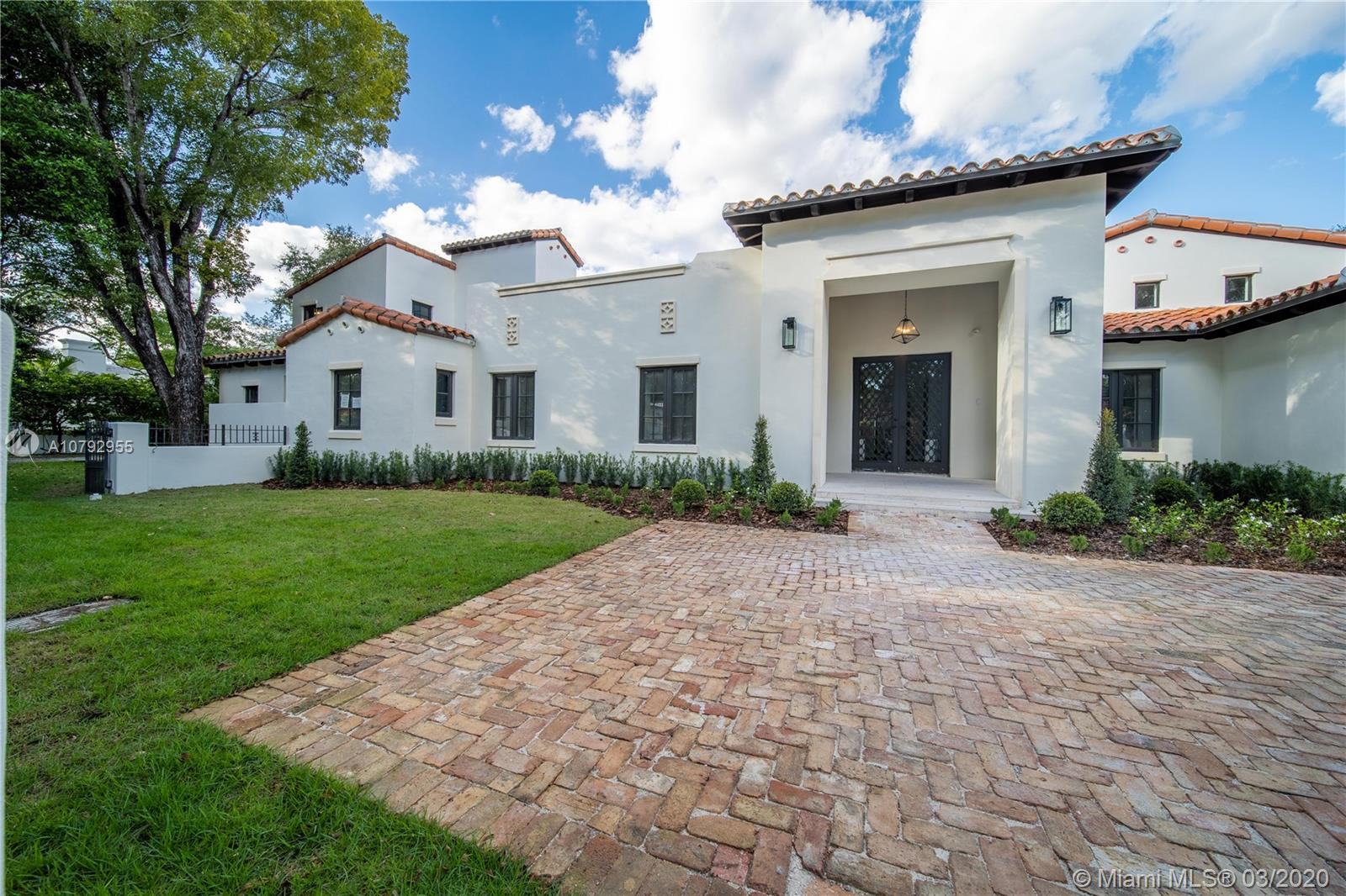 911  Catalonia Ave  For Sale A10792955, FL