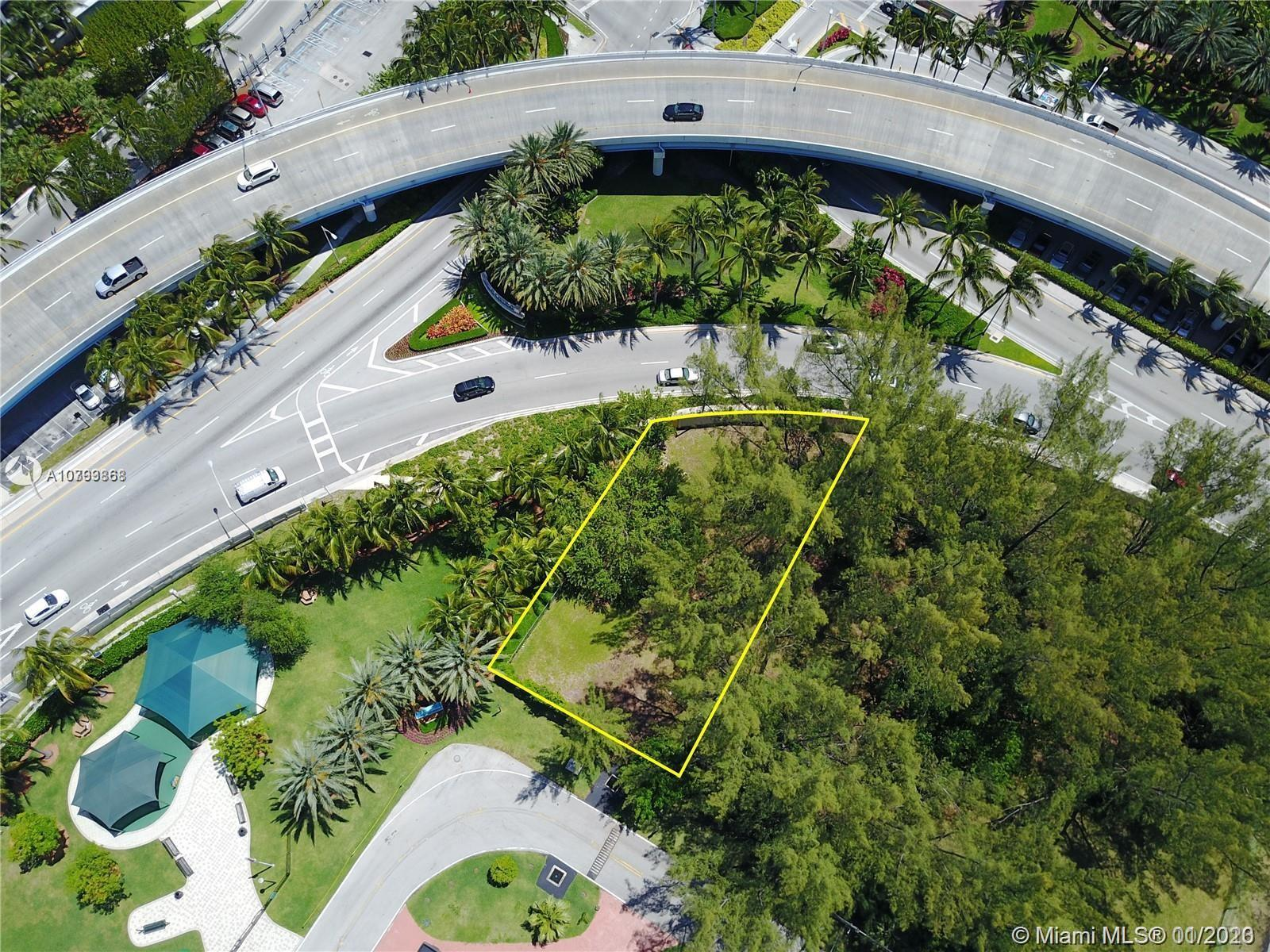 19142  Collins Ave  For Sale A10793868, FL
