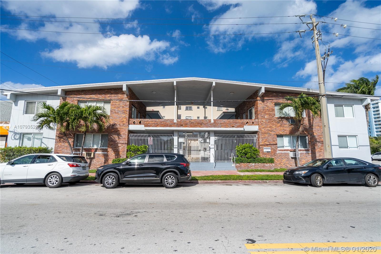 305  69th St #102 For Sale A10793529, FL