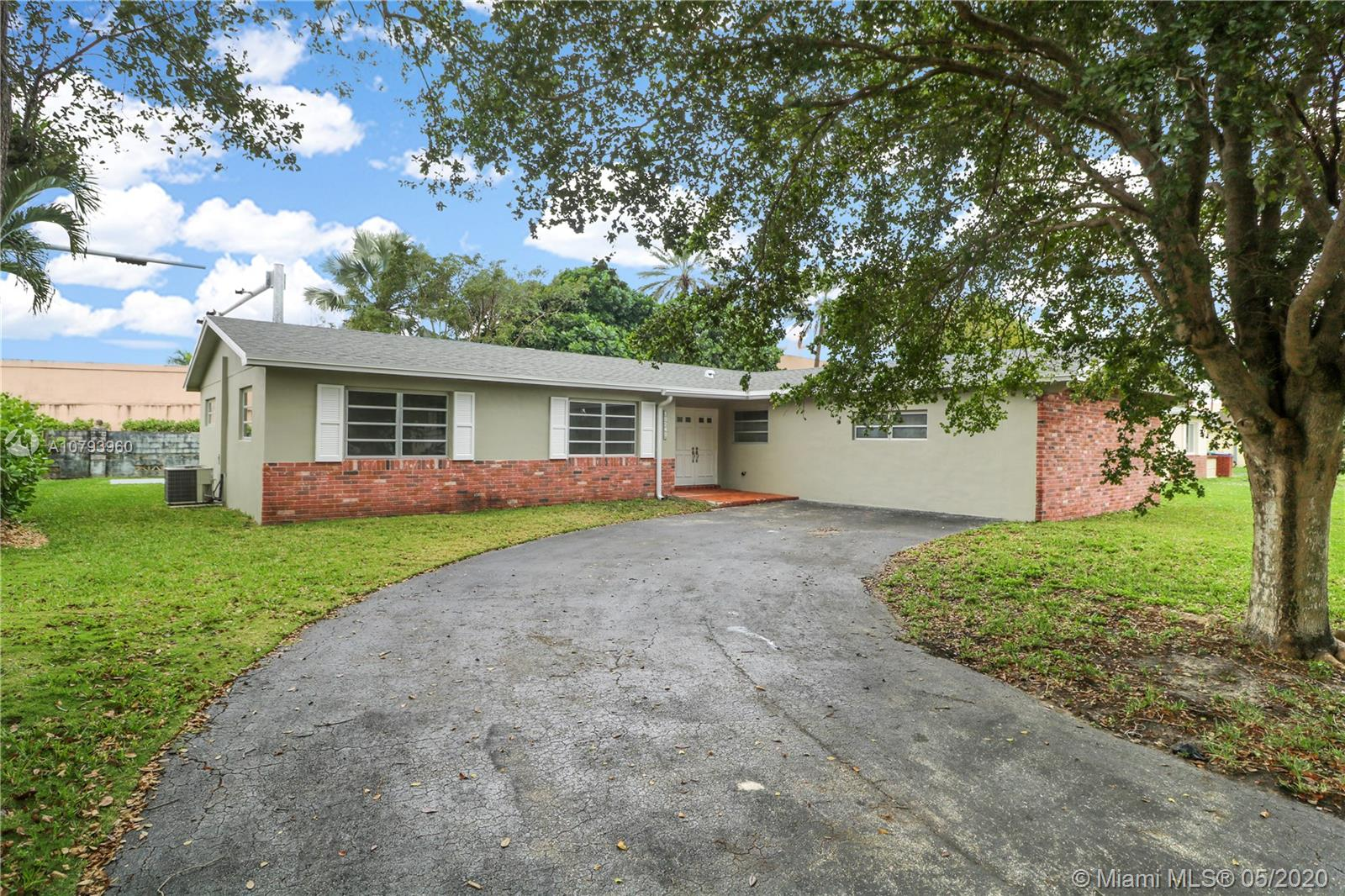 10240 SW 103rd Ct  For Sale A10793960, FL
