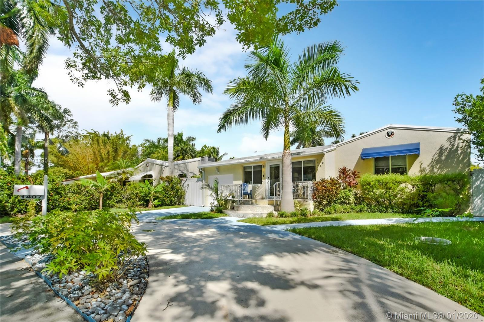 1407  Fletcher St  For Sale A10793780, FL