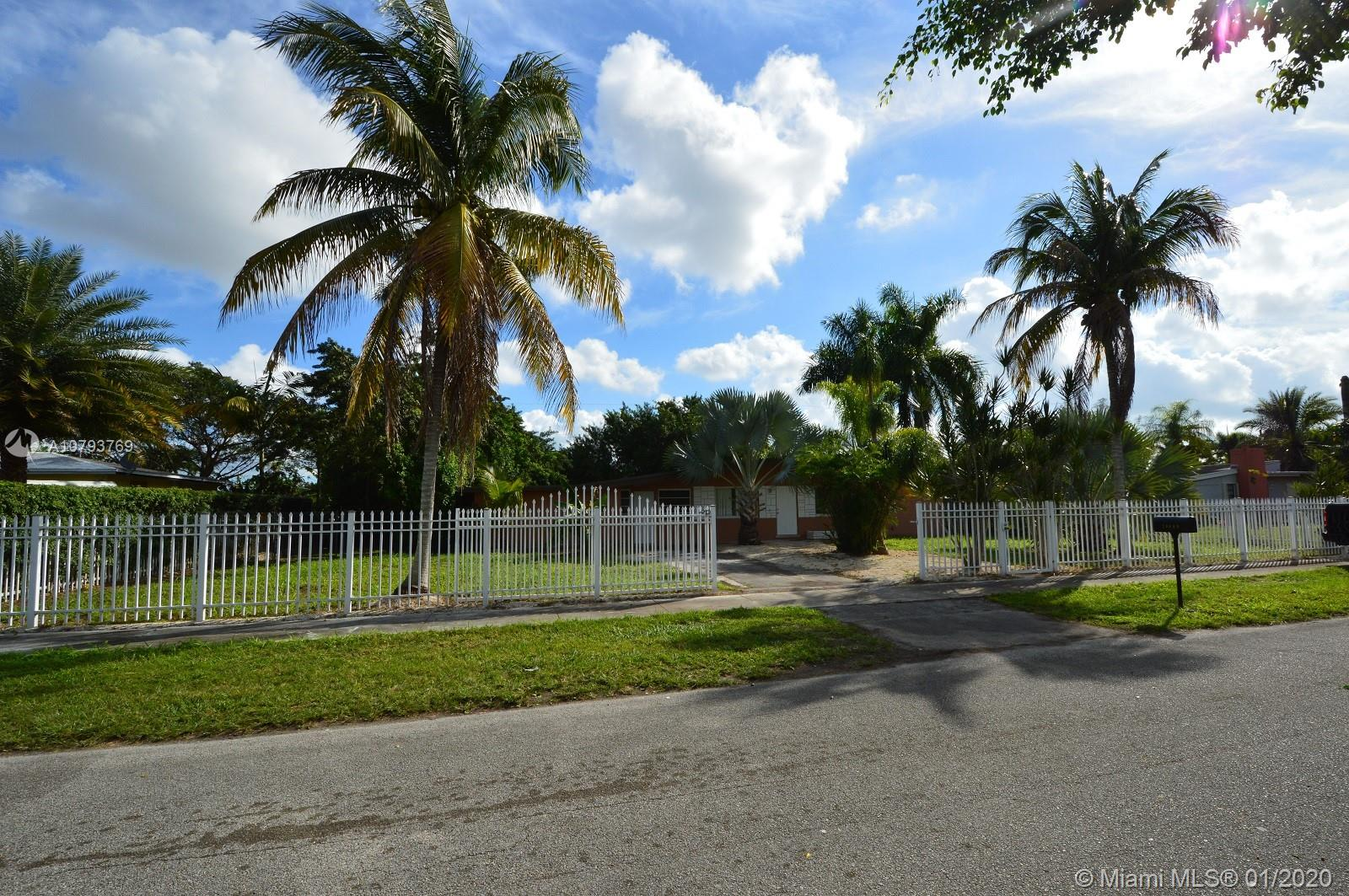 26945 SW 143rd Pl  For Sale A10793769, FL