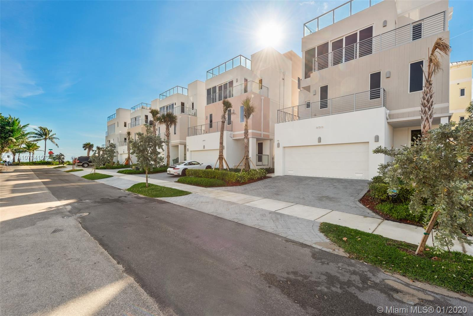 308  Elm St  For Sale A10794157, FL