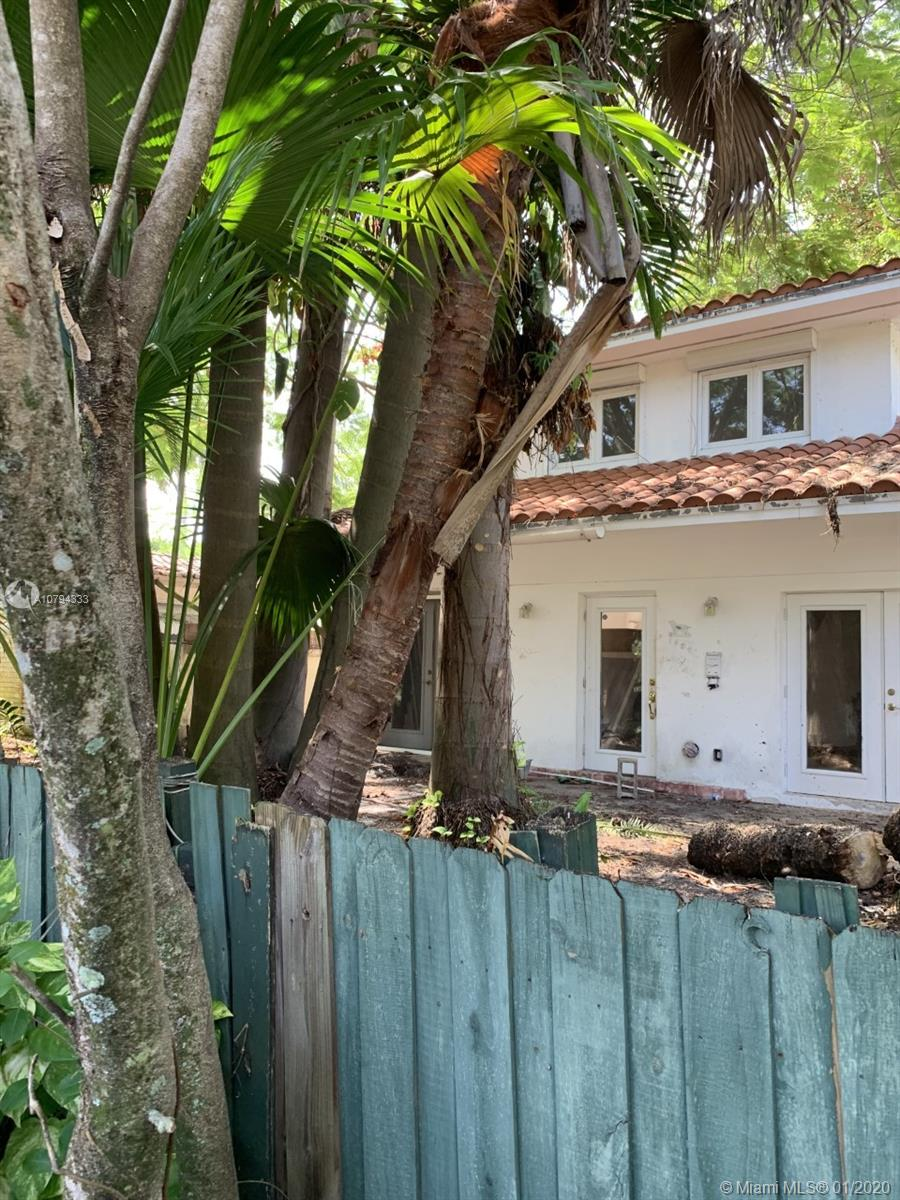 1404  Jackson St  For Sale A10794333, FL