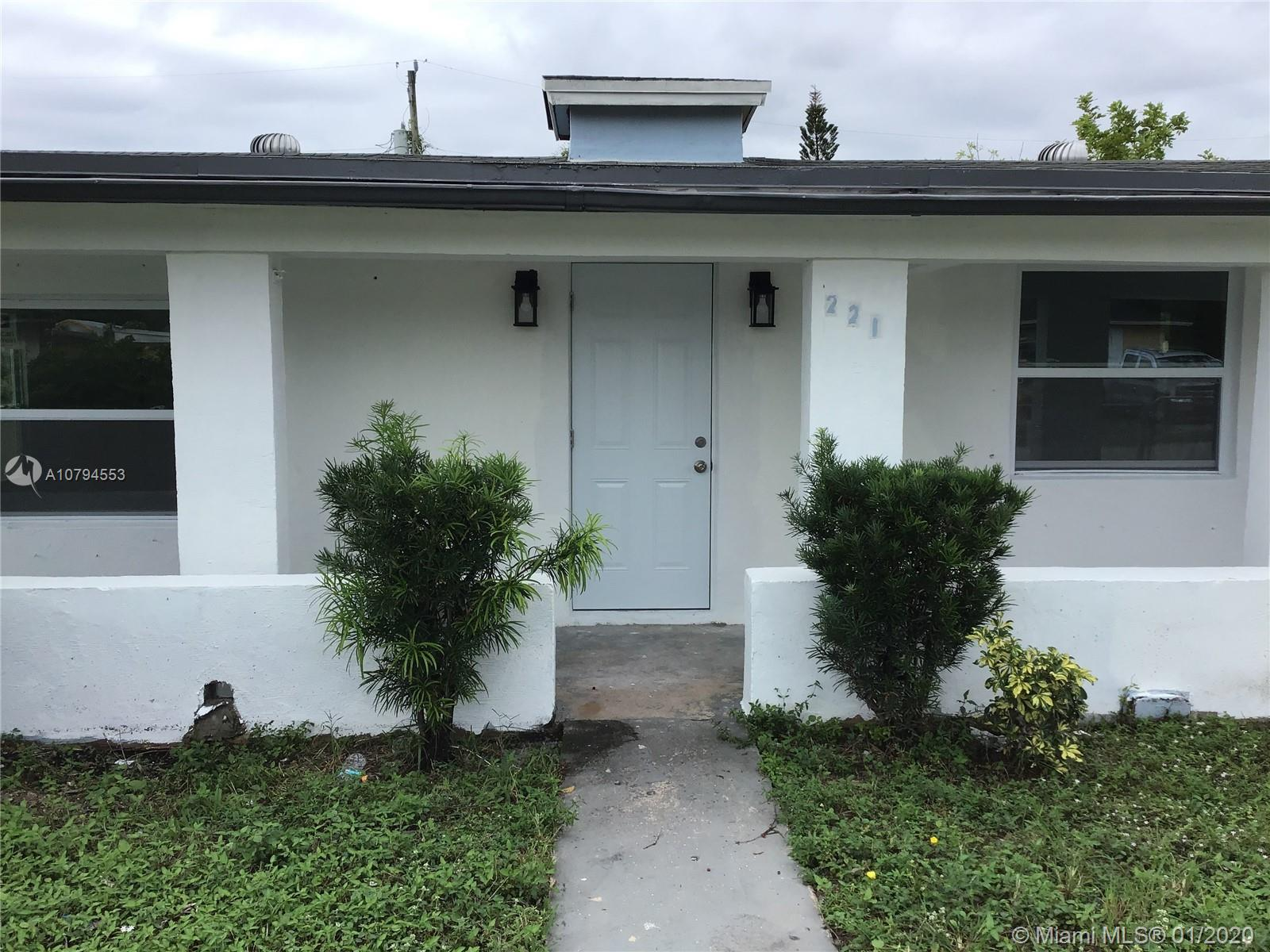 221 NW 28th Way  For Sale A10794553, FL