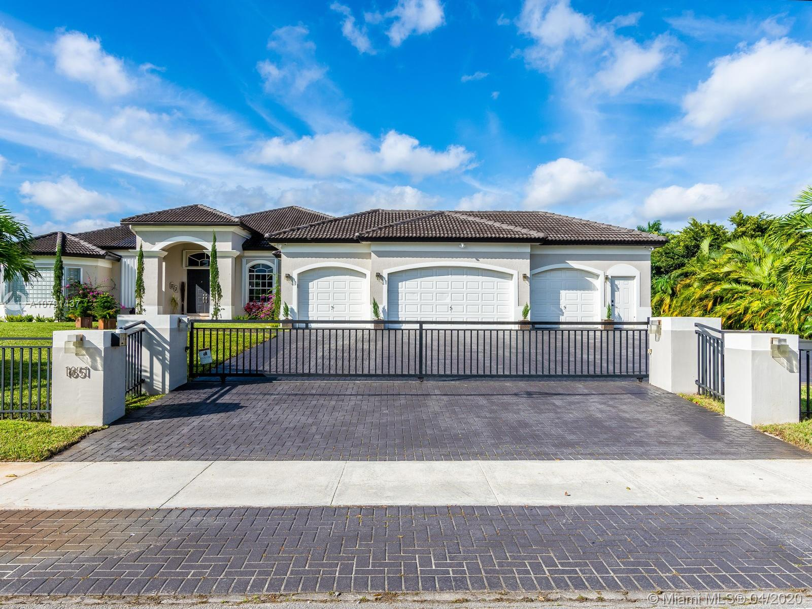 1651 SW 139th Ave  For Sale A10791437, FL