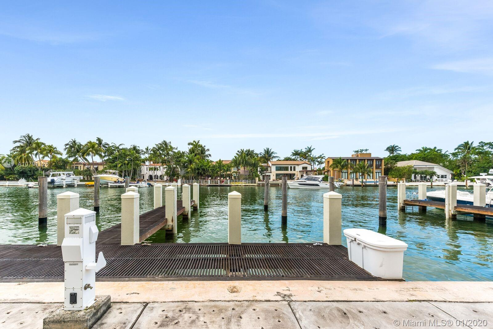 6101 W Laguna Dr W  For Sale A10791126, FL