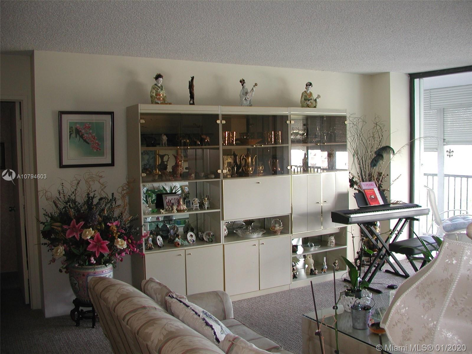 3731 N Country Club Dr #627 For Sale A10794603, FL