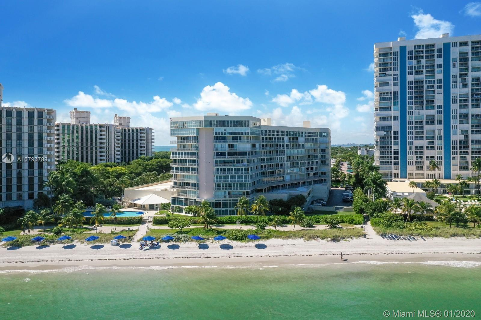 600  Grapetree Dr #11AS For Sale A10793788, FL