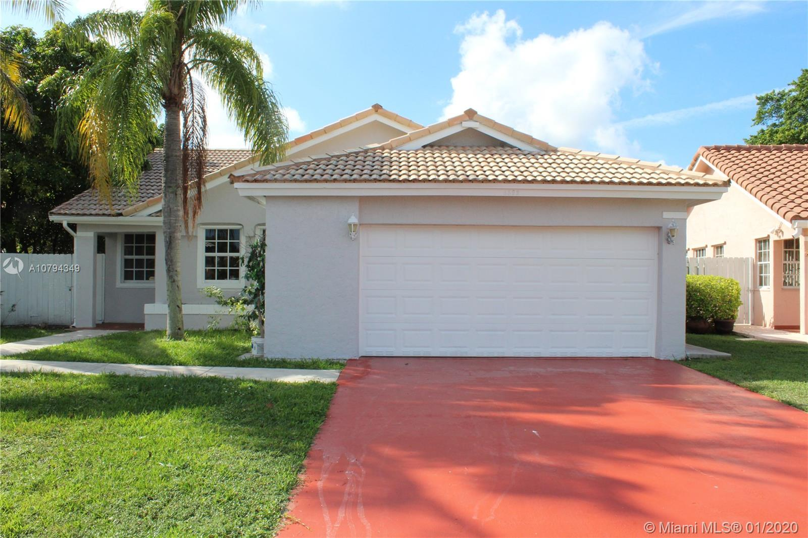 8592 SW 211th Ter  For Sale A10794349, FL
