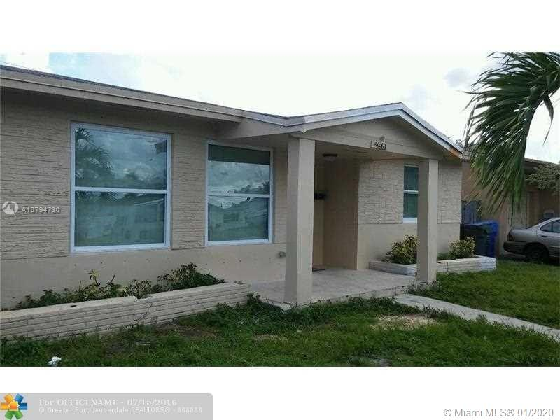 7561  Raleigh St  For Sale A10794730, FL