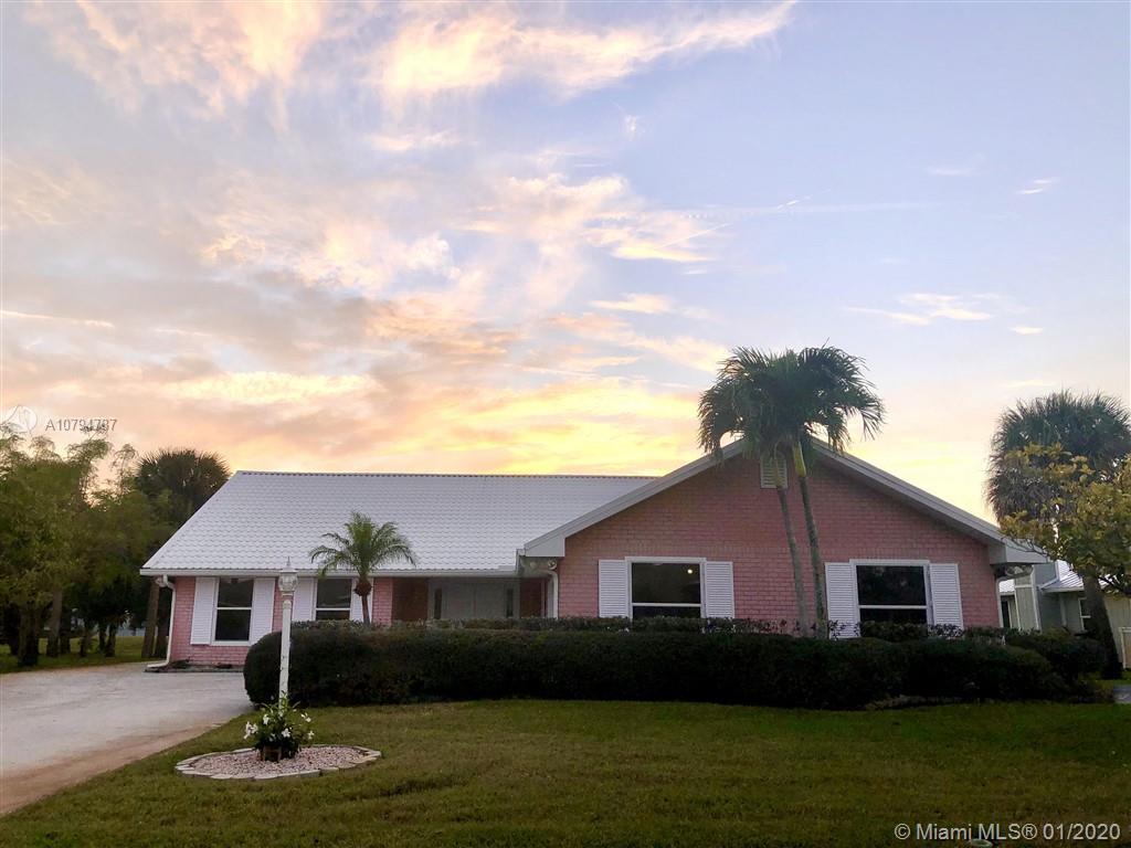 4353 Gator Trace Cir, Fort Pierce, FL 34982