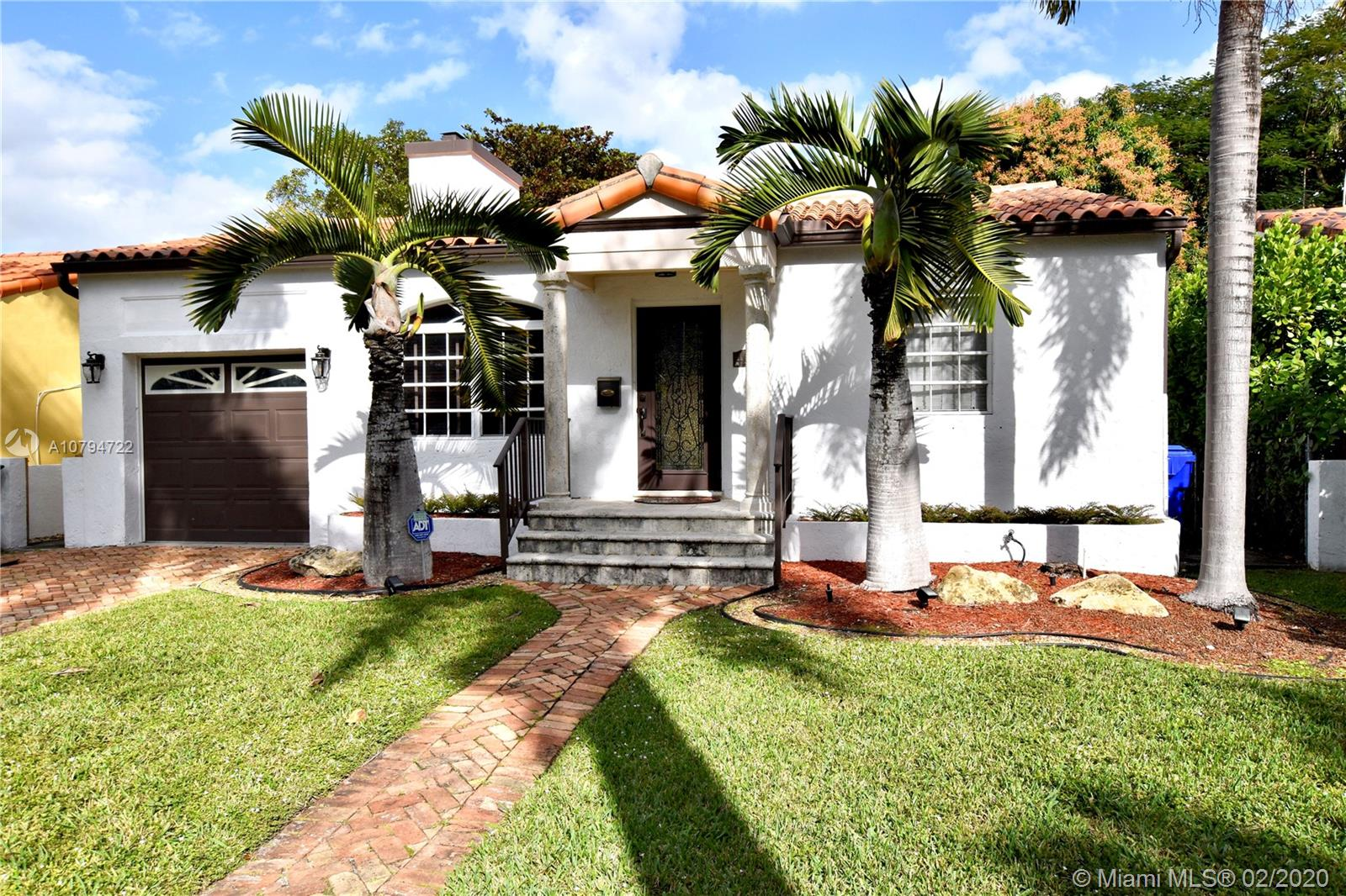 427 SW 30th Rd  For Sale A10794722, FL