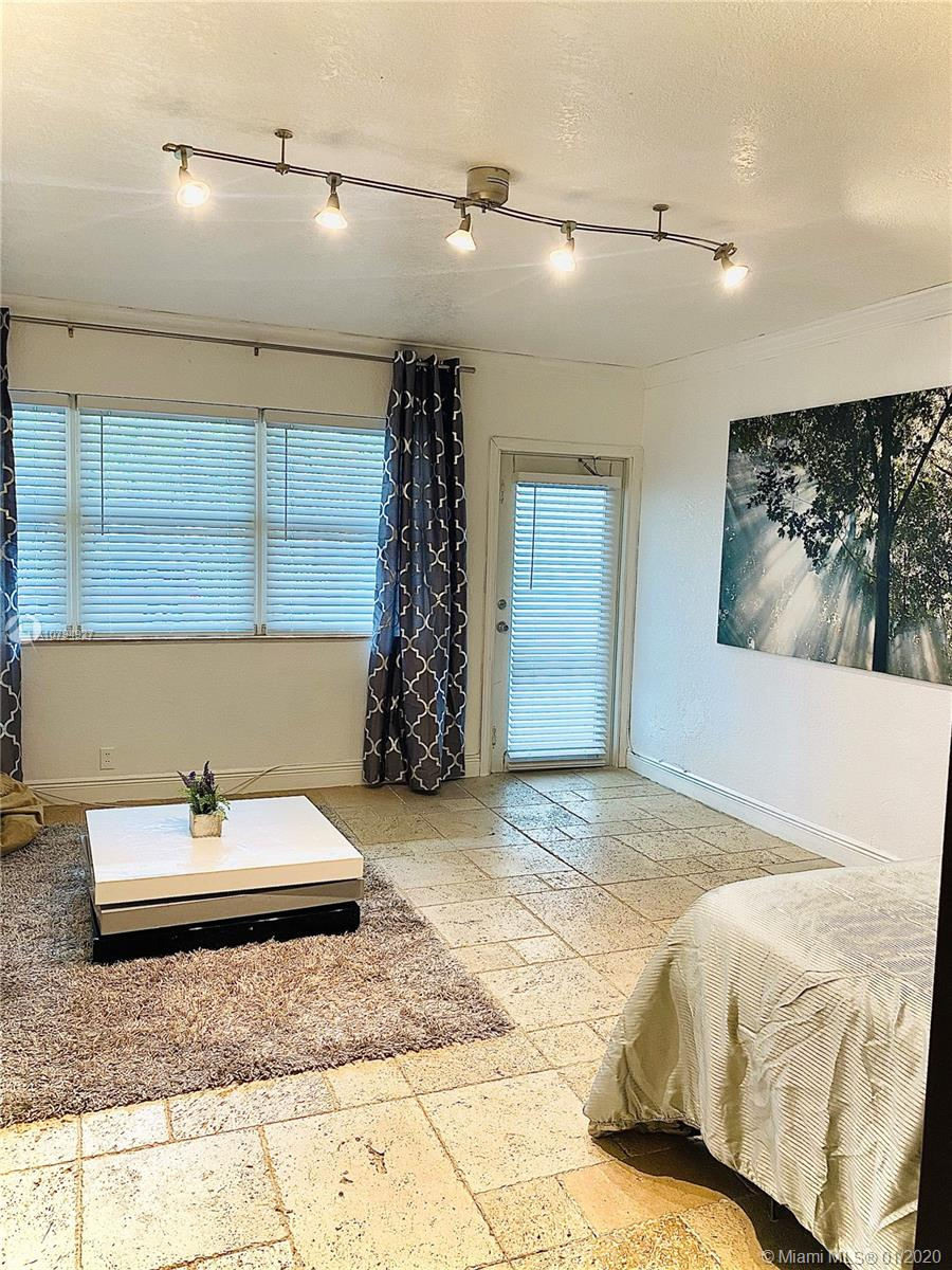 1800  Meridian Ave #3 For Sale A10794927, FL
