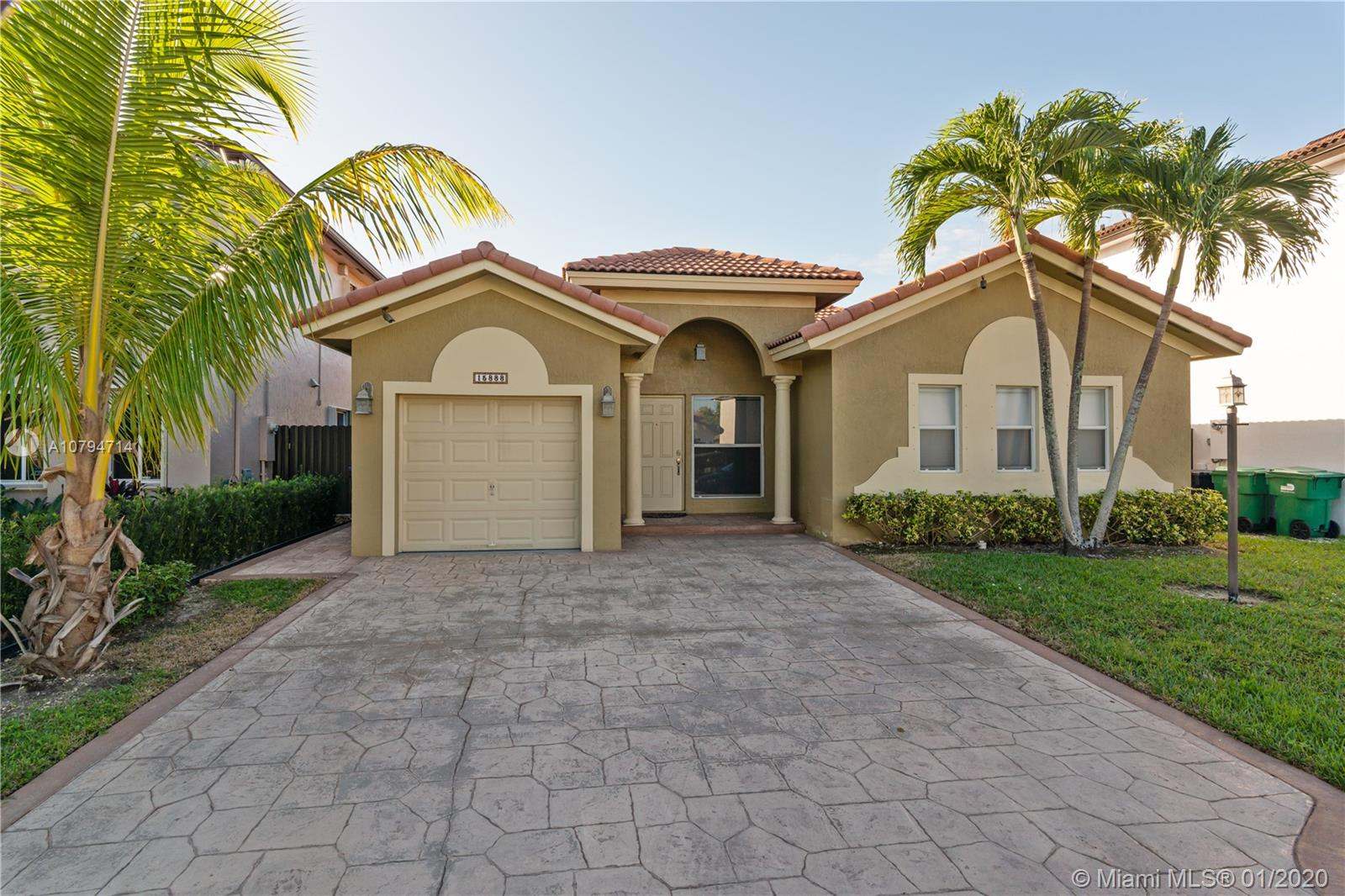 15888 SW 138th Ter  For Sale A10794714, FL