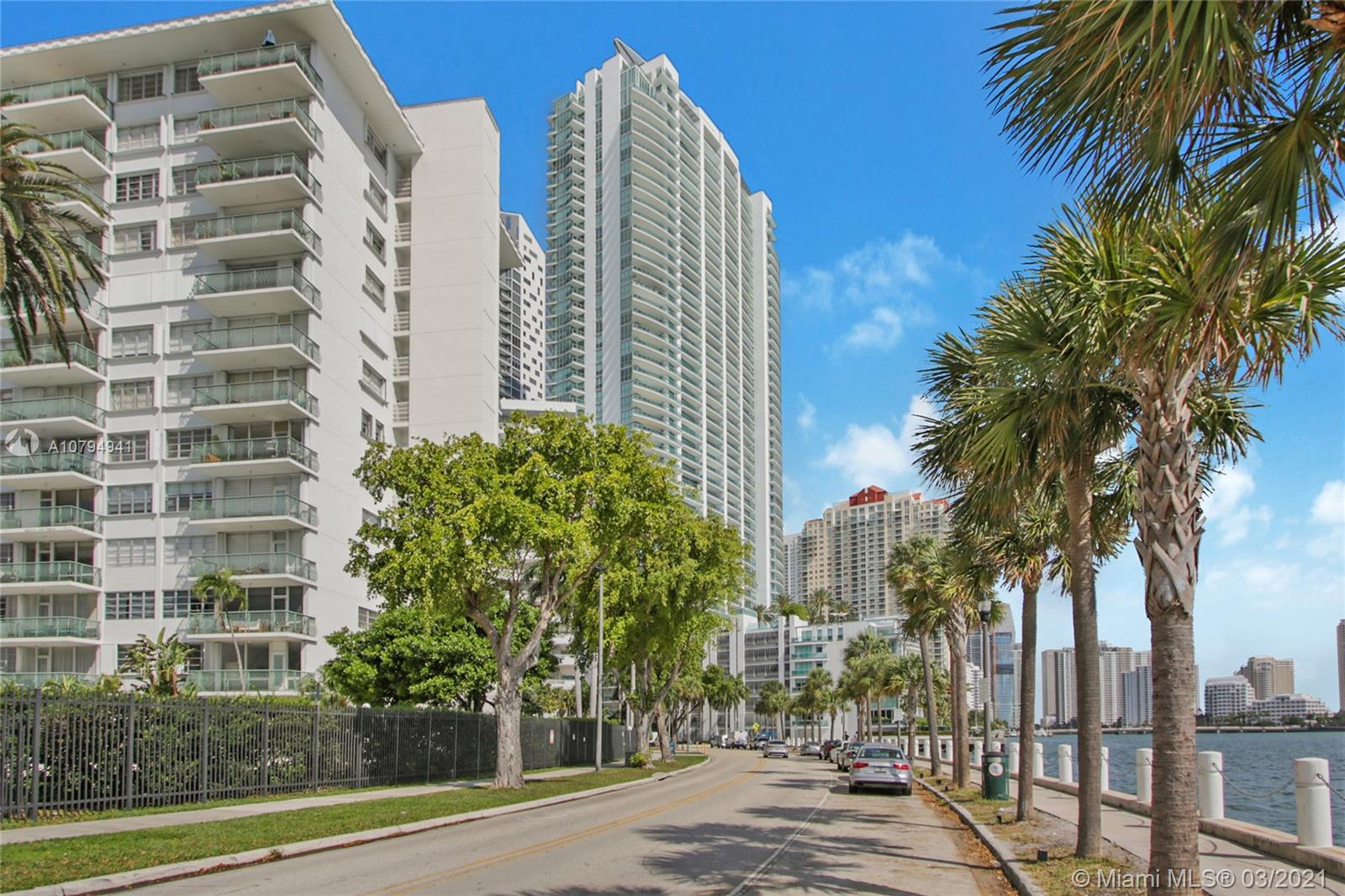 1408  Brickell Bay Dr #217 For Sale A10794941, FL