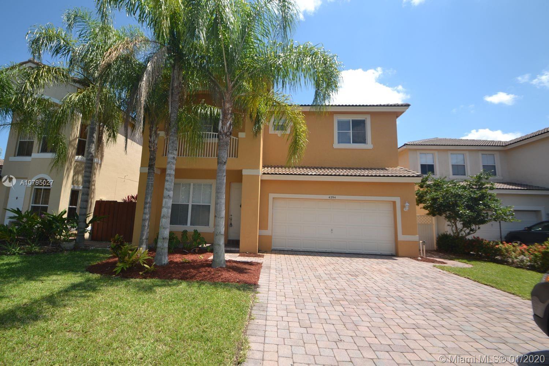 4294 S Magnolia Cir, Delray Beach, FL 33445